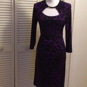 Cache  purple Black print stretch 10